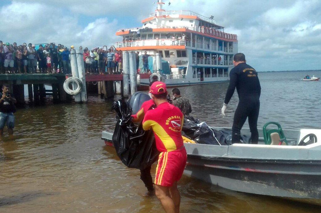 Número de mortos que estavam no barco Capitão Ribeiro, que naufragou na última terça-feira 21 no Rio Xingu, sobe para 23; segundo a secretaria estadual de Segurança Pública e Defesa Social (Segup), os dois corpos localizados são de uma menina, entre oito e dez anos de idade, e de um menino, que deve ter entre um e três anos; documentos de barco que afundou no Pará continham informações irregulares