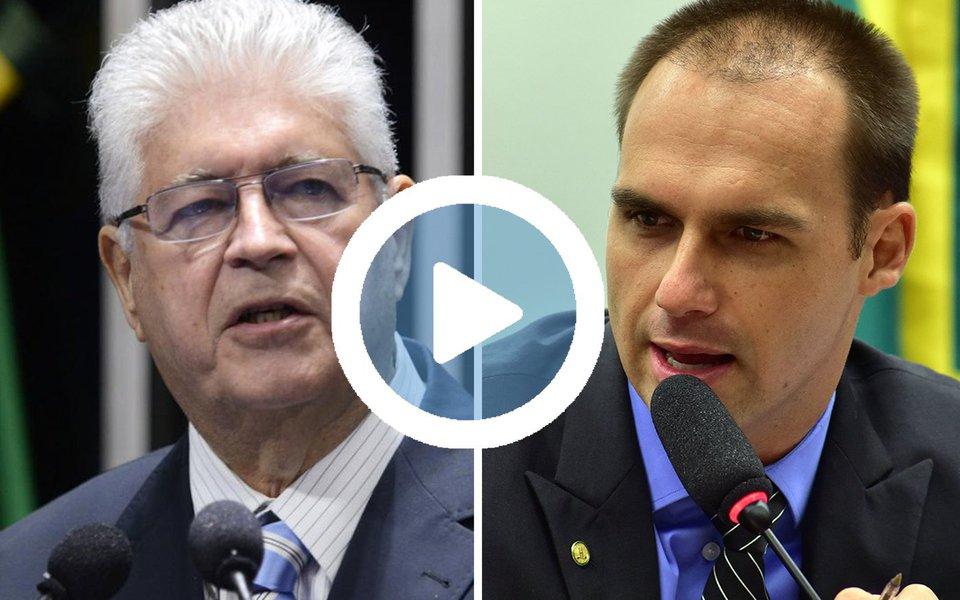 """Em vídeo, o senador Roberto Requião (PMDB-PR) promteu encomendar uma """"missa"""" para que o deputado Eduardo Bolsonaro (PSC-SP) se abstenha de falar asneira; """"Vou encomendar uma missa para o Bolsonaro e não vou mais perder mais tempo com essa asneira""""; um dia após o Comissão de Ética arquivar processo pela """"guerra de cuspes"""" que travou com o deputado Jean Wyllys (PSOL-RJ), Bolsonaro """"filho"""" anunciou que protocolou representação contra Requião e a deputada Benedita Silva (PT-RJ); durante evento com a petista, Requião, ao falar de Jesus Cristo, comparou: """"Quem sabe faz a hora, faz a luta. Minha bíblia diz que sem derramamento de sangue não haverá redenção. Vou à luta, vamos à luta com qualquer que seja as nossas armas"""""""