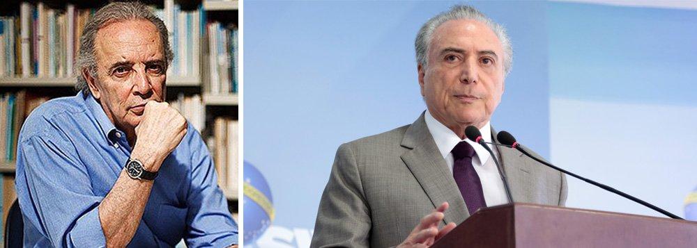 """Jornalista diz que pacote de mudanças na lei trabalhista e previdenciária, que """"revolvem a vida de uns 150 milhões de brasileiros"""", """"não é coisa para ser manipulada por Michel Temer e seu grupo de políticos, laranjas, intermediários, corruptores e corrompidos""""; para Janio de Freitas, Temer não reúne """"condições intelectuais, políticas, morais, e quaisquer outras. É só um fantoche. À espera de que alguém conte os seus feitos ou os silencie por dinheiro"""""""