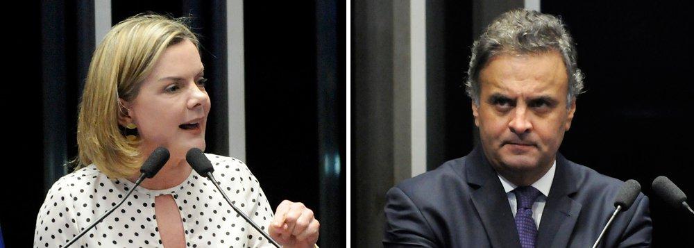 """Em nota, a Executiva Nacional do PT lembra que o senador Aécio Neves """"é um dos maiores responsáveis pela crise política e econômica do país e pela desestabilização da democracia brasileira"""", mas que a decisão do Supremo de afastá-lo do mandato não tem base legal; """"Por seu comportamento hipócrita, por seu falso moralismo, Aécio Neves merece e recebe o desprezo do povo brasileiro"""", diz o texto; """"Mas a resposta da Primeira Turma do Supremo Tribunal Federal a este anseio de Justiça foi uma condenação esdrúxula, sem previsão constitucional, que não pode ser aceita por um poder soberano como é o Senado Federal"""", prossegue o PT;partido defende que o caso seja levado ao Conselho de Ética"""