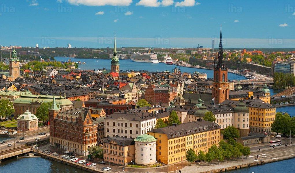 Estocolmo é, sem dúvida, um dos principais hubs tecnológicos do mundo; cenário de empresas como Skype, Spotify, King (Candy Crush), Mojang (Minecraft) e Klarna; a capital sueca tem recebido, ultimamente, muita atenção de investidores, executivos e empreendedores do mundo todo; dez fatos impressionam sobre a cena startup de Estocolmo; um deles é o investimento deUS$ 1,4 bilhão em um ano (2016), umaumento de US$ 500 milhões em relação ao ano anterior, e de 7X mais do que 4 anos atrás