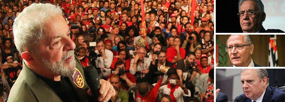 """O ex-presidente Luiz Inácio Lula da Silva ironizou a posição do PSDB que, após perder quatro eleições presidenciais e promover um golpe parlamentar no Brasil, agora sonha em conquistar o poder por meio de uma eleição indireta;""""Prefiro perder dez eleições diretas do que ganhar uma indireta"""", disse ele, durante encontro com juristas, promovido pelo PT; desde que Michel Temer se tornou inviável, o PSDB já lançou nomes como Tasso Jereissati, Geraldo Alckmin e o próprio ex-presidente Fernando Henrique Cardoso para a vaga de Temer, numa disputa indireta – Lula defende diretas; no mesmo encontro, ele também falou pela primeira vez sobre as delações da JBS; Lula chamou o empresário Joesley Batista de """"bandido"""" e criticou os benefícios que ele obteve, que considerou um """"escárnio"""""""