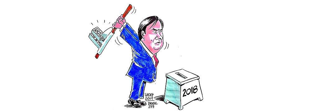 De volta ao 247, o cartunista Latuff aborda a ameaça que paira sobre as eleições presidenciais de 2018, depois que o presidente da Câmara, Rodrigo Maia (DEM-RJ), mandou instalar uma comissão para analisar a proposta de emenda constitucional que prevê eleições simultâneas para todos os cargos majoritários