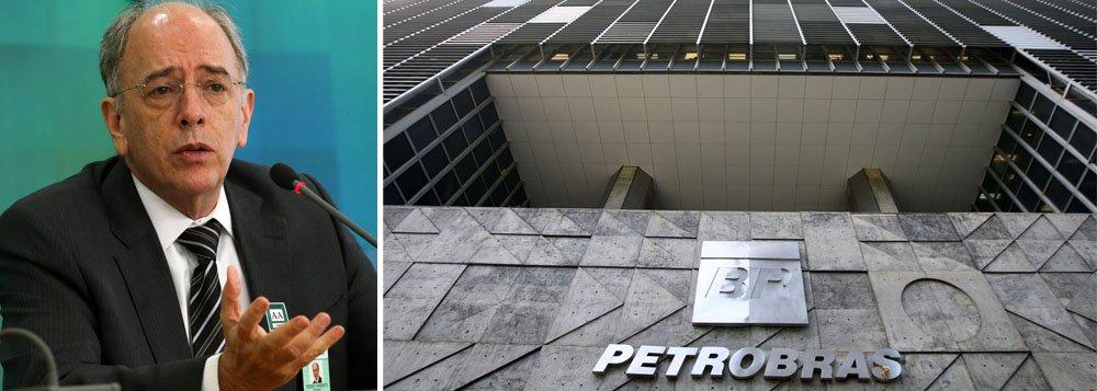 """Em dura nota, a Federação Única dos Petroleiros diz que o presidente da Petrobras, Pedro Parente, corre contra o tempo para concluir a missão que lhe foi conferida: entregar a empresa nas mãos do mercado e dos investidores internacionais; """"Em um intervalo de seis meses, já entregou reservas bilionárias de Carcará à norueguesa Statoil, a um custo em torno de US$ 0,70 o barril. Nesta última semana, foi consolidada mais uma venda suspeita, onde a petrolífera francesa Total levou também a preços módicos pelo menos 850 milhões de barris de petróleo nas áreas de Iara e Lapa, pagando menos de U$ 2,50 por barril"""", afirma; """"Não deixemos o futuro repetir o passado"""""""