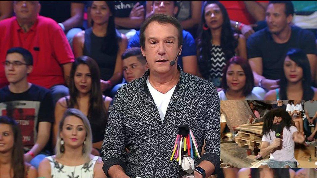 De acordo com informações do colunista de TV do UOL, Flávio Ricco, o programa Pânico na Band deverá ser exibido somente até dezembro de 2017; a baixa audiência, causada pelo desgaste do formato do programa, além de atrasos no repasses de verba por parte da Bandeirantes, causaram o encerramento da atração
