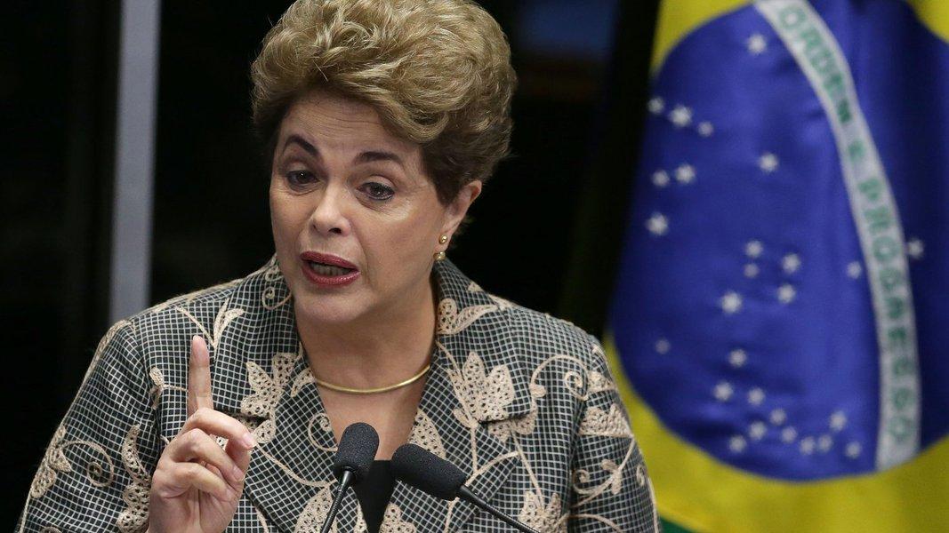 Há um ano, o Senado aprovou o processo de impeachment contra a presidenta Dilma Rousseff ajudando a escrever uma das páginas mais vergonhosas da história do Brasil.