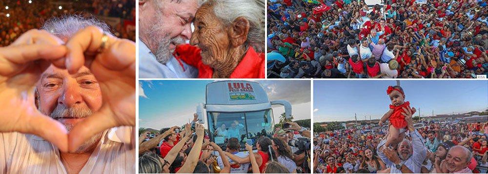 """A caravana de Lula pelo Nordeste ganha ares de procissão. A luzes dos """"flashes"""" dos celulares ganham cores de velas acesas de esperança. Outras luzes, as de alarme, acenderam-se nos salões; leia o artigo de Fernando Brito, editor do Tijolaço"""
