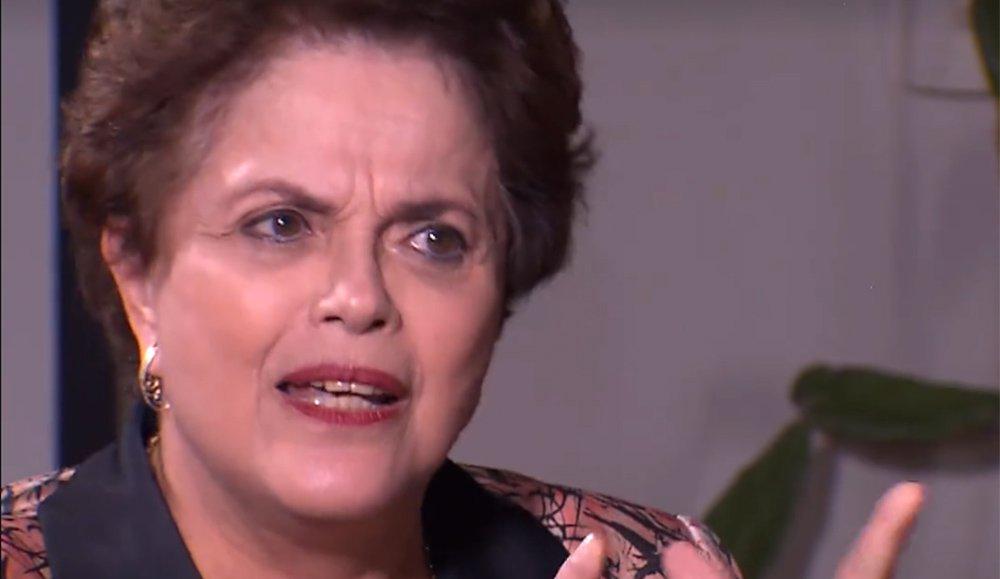 """A presidente deposta Dilma Rousseff deu entrevista ao canal alemão de TV ARD em que analisa as causas do golpe parlamentar que a retirou da presidência da República sem crime de responsabilidade e suas consequências para a democracia e o futuro do Brasil; """"O impeachment foi um capítulo, o golpe continua"""", reafirma ela. """"Nada provarão contra mim"""", acrescenta a presidente deposta sobre as acusações contra na Lava Jato"""