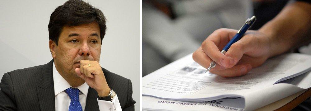 Sob o comando de Mendonça Filho, o ministério da Educação decidiu elevar de R$ 68 para R$ 82 esse ano o valor da inscrição do Exame Nacional do Ensino Médio (Enem), conforme o edital do exame publicado nesta segunda-feira 10 no Diário Oficial da União