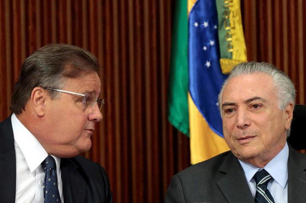 Presidente Michel Temer e Geddel Vieira Lima, durante reunião no Palácio do Planalto, em junho de 2016 15/06/2016 REUTERS/Ueslei Marcelino