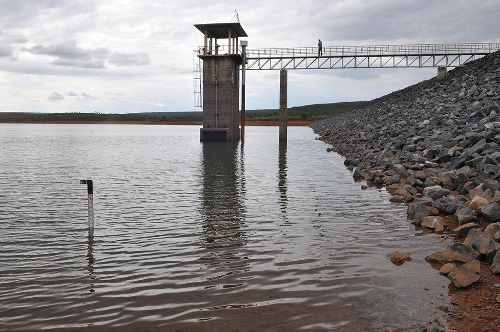Barragem Santa Maria, Brasília, DF, Brasil 7/11/2016- Reservatório Santa Maria com nível de água próximo aos 41%. Foto:
