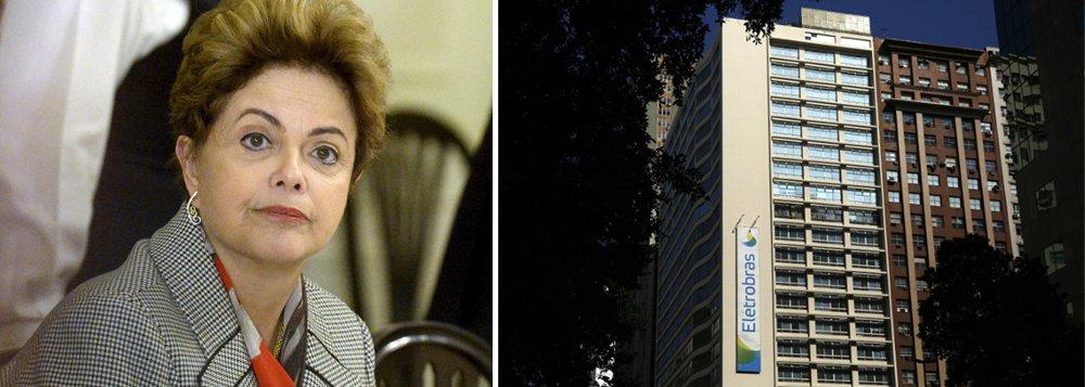 """Presidente deposta Dilma Rousseff bateu duro em Michel Temer, que torrou R$ 13 bilhões para se manter no cargo após a denúncia de corrupção e agora tenta vender a Eletrobras para pagar a conta de sua sobrevivência; """"Depois da farra da compra de votos, o governo ilegitimo anuncia meta irreal e quer vender o patrimônio do povo brasileiro para cumpri-la"""", criticou, pelo Twitter; para Dilma, """"o resultado é um só: o consumidor vai pagar uma conta de luz estratosférica por uma energia que não terá fornecimento garantido"""""""