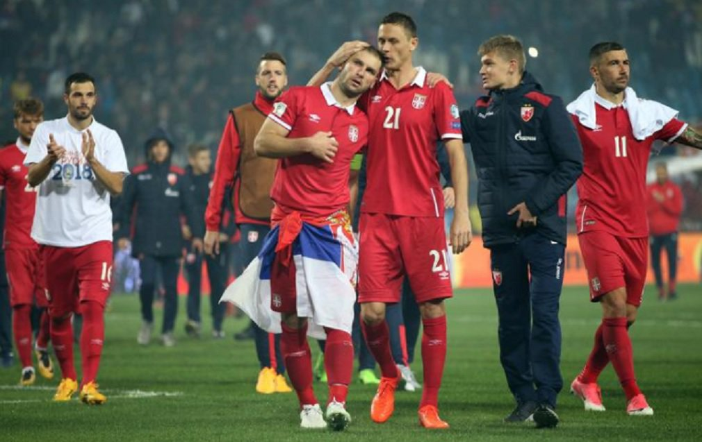 A Sérvia se classificou para a Copa do Mundo de 2018 depois que um gol de Aleksandar Prijovic garantiu uma vitória por 1 x 0 sobre a Geórgia, nesta segunda-feira, e permitiu que terminassem no topo do Grupo D, com 21 pontos em 10 jogos; é a segunda vez que a Sérvia chega ao Mundial como uma nação independente, tendo sido eliminada na fase de grupo do torneio de 2010 na África do Sul