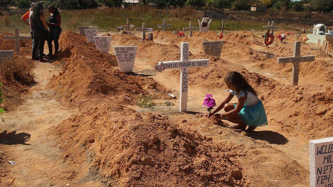 O Comitê Brasileiro de Defensoras e Defensores de Direitos Humanos (CBDDH) alerta para a crescente violência contra defensores de direitos humanos no Brasil; a entidade listou 15 casos espalhados por todo o país em que há risco de morte iminente de ativistas ambientais, LBGT e outras causas humanitárias