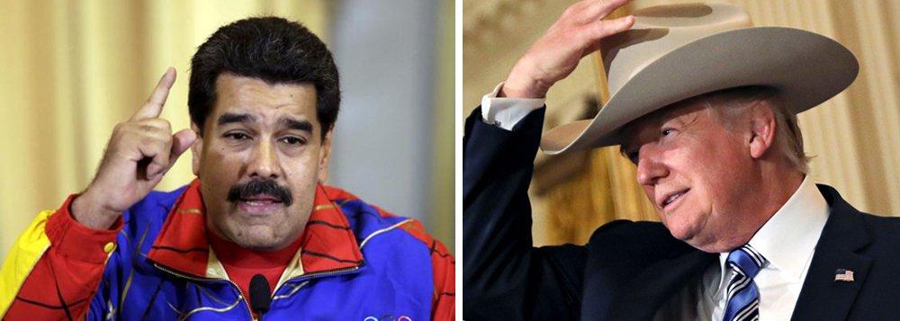 """Relações entre a Venezuela e os Estados Unidos atingiram o pior momento da história, disse o presidente venezuelano, Nicolás Maduro; """"Infelizmente estamos no pior momento do relacionamento com o governo dos Estados Unidos"""", afirmou; Maduro disse que ele e o presidente norte-americano, Donald Trump, deveriam ser respeitosos um com o outro, que as relações bilaterais deveriam ser normalizadas e um diálogo ser estabelecido; no começo do mês Trump chegou a sugerir que os EUA poderiam até realizar uma intervenção militar para resolver a crise venezuelana"""