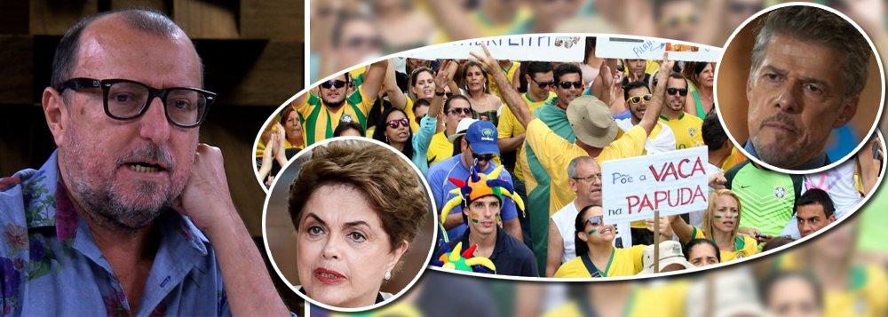 """""""O Brasil machista pegou pesado com a presidente Dilma, a chamava de vaca na varanda gourmet, e as redes de TV incentivavam.A mídia brasileira foi pior ou igual que Zé Mayer em relação a Dilma"""", comparou o jornalista Xico Sá, pelo Twitter, onde lembrou de""""todas as emissoras de TV aberta do Brasil filmar e apoiar cartazes com 'Dilma vaca' e abrir o microfone para gritos machistas"""" durante as manifestações que defendiam o impeachment; """"Aqueles machões ridículos com camisas da CBF corrupta berravam 'Dilma vaca' para felicidade das redes de tvs. E os âncoras riam felizes"""", lamenta o jornalista, que aponta """"erro histórico"""""""