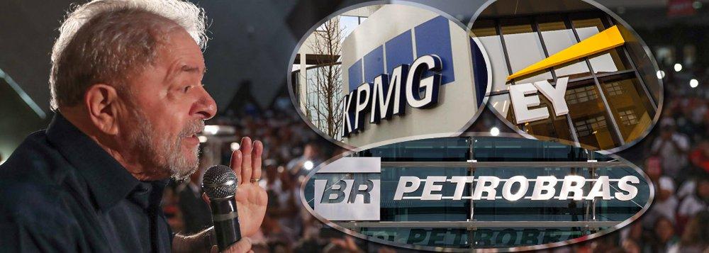 """Segundo o advogado Cristiano Zanin Martins, que defende o ex-presidente, depoimentos prestados nesta segunda-feira 19 em Curitiba """"reforçam que a Petrobras dispunha de adequados mecanismos de controle, realidade que ajuda a desmontar a visão de corrupção sistêmica, como afirmado pelos procuradores da Lava Jato""""; Zanin se refere a depoimentos dos sócios da KPMG Auditores Independentes, Bernardo Moreira Peixoto Neto, Manuel Fernandes Rodrigues, que ressaltaram não terem identificado a participação de Lula em atos irregulares durante sua gestão como presidente, conforme já havia sido afirmado em relatório da empresa; relatos de um sócio daErnest & Young e de um engenheiro da Petrobras confirmaram a tese de rigidez da Petrobras em seus procedimentos internos"""