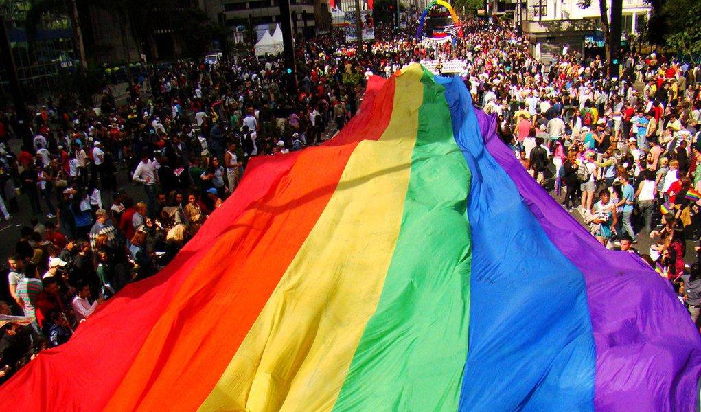 A maior parada LGBT do mundo, em sua 21ª edição, traz como tema a importância do Estado laico e alerta para retrocessos no respeito à diversidade