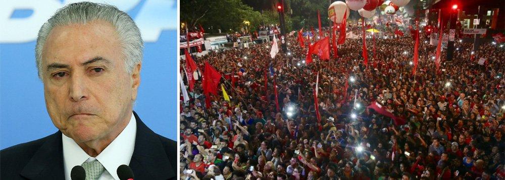 """Para o coordenador nacional do Movimento dos Trabalhadores Sem Terra (MTST), Guilherme Boulos, o dia 15 de março foi um marco histórico. Segundo Boulos, os trabalhadores se deram conta do risco que correm. """"Começou a cair a ficha sobre o tamanho do ataque das reformas trabalhista e da Previdência. É o início de um novo momento"""", afirmou. O líder do MTST ainda garantiu que se o governo seguir adiante com a reforma, os trabalhadores ocuparão Brasília e não deixarão a votação acontecer"""