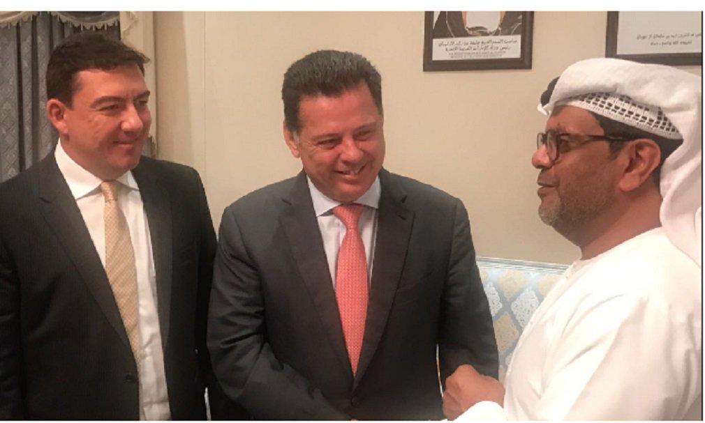 """Ao concluir a etapa da Arábia Saudita na missão comercial de Goiás ao Oriente Médio, o presidente da Assembleia Legislativa, José Vitti, disse que os resultados obtidos nas rodadas de negociação com os investidores árabes são bastante animadores; """"Mostramos as potencialidades econômicas de Goiás, que é o Estado que mais cresce no Brasil, e sentimos que despertamos muito interesse nos grandes empresários sauditas, especialmente no que diz respeitos aos setores de alimentos, mineração e energias renováveis"""", afirmou"""