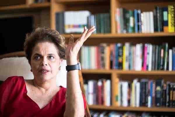 Independente dos erros, Dilma está se consolidando, nessa fase pós-golpe, como uma importante e corajosa voz em protesto contra o desmanche nacional promovido pelo governo usurpador, contra o estado de exceção e contra os cortes de direitos sociais defendido pela Casa Grande