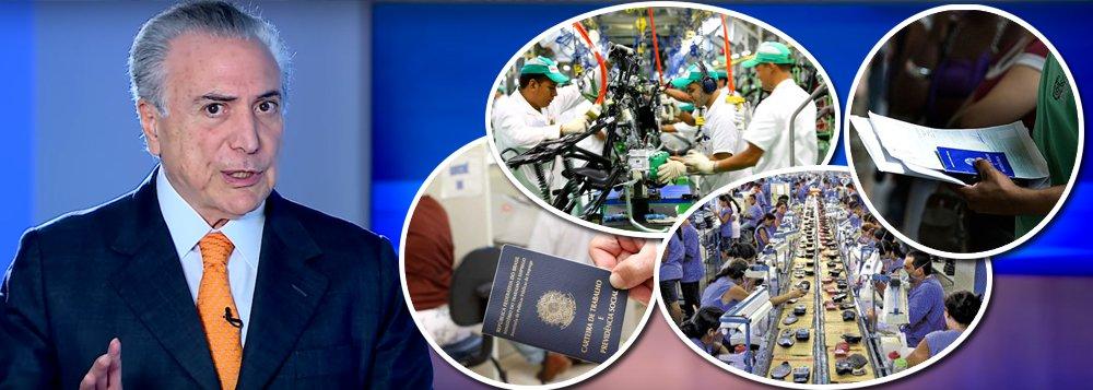 """No dia em que o IBGE divulgou que o Brasil atingiu o recorde de 12,9 milhões de trabalhadores desempregados, dos quais 879 mil surgiram no último trimestre, Michel Temer vai às redes sociais para afirmar que a """"recessão terminou"""";""""Nós eliminamos a recessão, agora vamos para o crescimento e o desenvolvimento desse país. O Brasil tem rumo"""", disse Temer, num esforço de convencimento; só da indústria fornecedora de petróleo e gás pode desempregar mais 1 milhão de trabalhadores, com o fim da política de conteúdo local, promovida pelo governo de Michel Temer; indústria brasileira terminou 2016 com queda de 6,6% na produção; de acordo com a CNI, que apoiou o golpe, a capacidade instalada ficou em 63% em janeiro e a confiança do setor"""