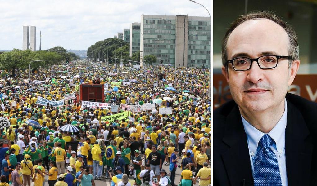 """O colunista Reinaldo Azevedo não anda nada satisfeito com as críticas que tem recebido de seus colegas de direita. Nesta sexta, ele usou sua coluna para se defender, e atacar, os """"adversários"""": """"A extrema direita, a extrema burrice e o extremo oportunismo se uniram para me declarar, acreditem!, inimigo da Lava Jato. Acusam-me também de sabotar a manifestação de protesto –ou algo assim– do dia 26 de março, marcada por alguns dos grupos que apoiaram o impeachment. (...) A esquerda agradece embevecida. O conservadorismo responsável pode ainda se tornar a principal vítima da criminalização da política, promovida por irresponsáveis que se querem conservadores. Ademais, se não serve a política, que venha a porrada!"""""""