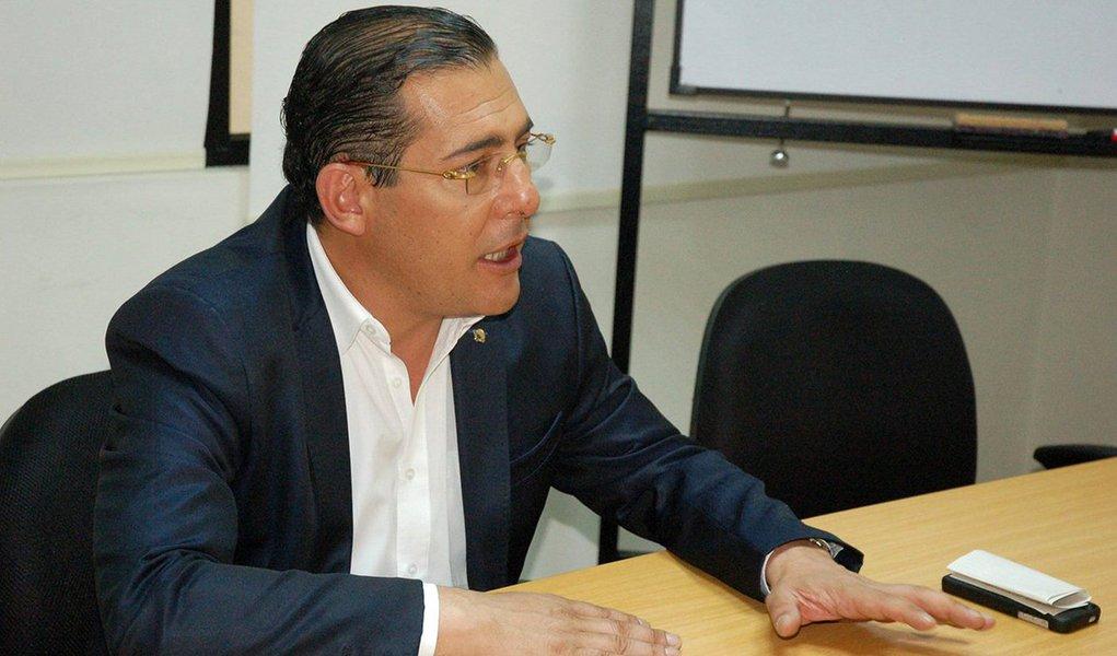 """Atual presidente do Partido Socialista Nacional do Equador, Patricio Zambrano Restrepo é quem também dirige a campanha para as eleições presidenciais e legislativas de 2017, que tem Lenin Moreno como candidato este ano; ele destaca os avanços no governo de Rafael Correa: """"Nós acreditamos que é hora de continuar com as mudanças, para perpetuar um deslocamento para a esquerda, e isso significa que o Estado moderno no Equador foi consolidado. Podemos dizer também que avançamos na consolidação do estado de direito"""""""