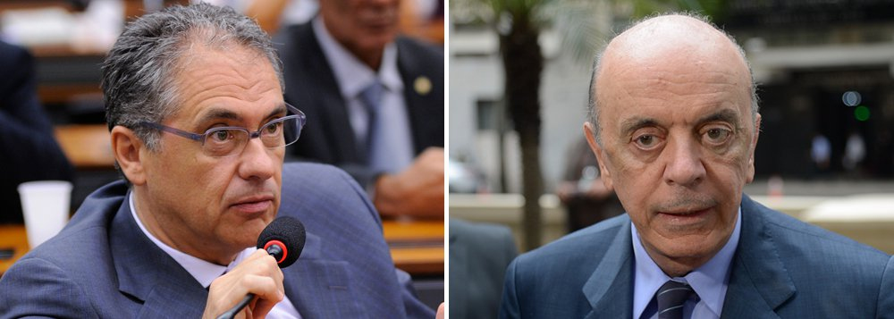 """Deputado Carlos Zarattini (PT-SP) avalia que """"o período que o Serra ficou no Ministério das Relações Exteriores foi um desastre""""; """"Ele desmontou toda a política de relacionamento com os países da África, da América Latina, hostilizou a Venezuela e impediu que a Unasul avançasse, ao mesmo tempo em que pensava em colocar o Brasil em linha com a política externa dos EUA"""", diz ele"""