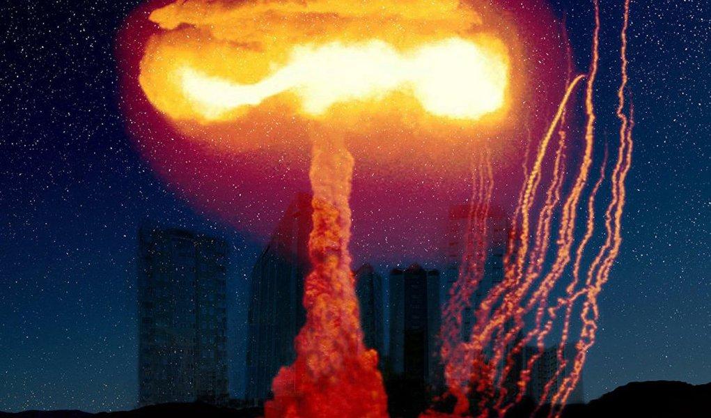 A possibilidade de um conflito nuclear é mais elevada hoje do que em meados dos anos oitenta, quando os dirigentes da União Soviética e dos EUA se encontraram em Reykjavik para iniciar o processo de redução dos potenciais nucleares; esta é uma das conclusões da reunião de líderes da organização Médicos Internacionais para a Prevenção da Guerra Nuclear (IPPNW em inglês) e do movimento Pugwash (Cientistas para a Segurança Internacional). O evento decorreu em Moscou, na Academia de Ciências da Rússia
