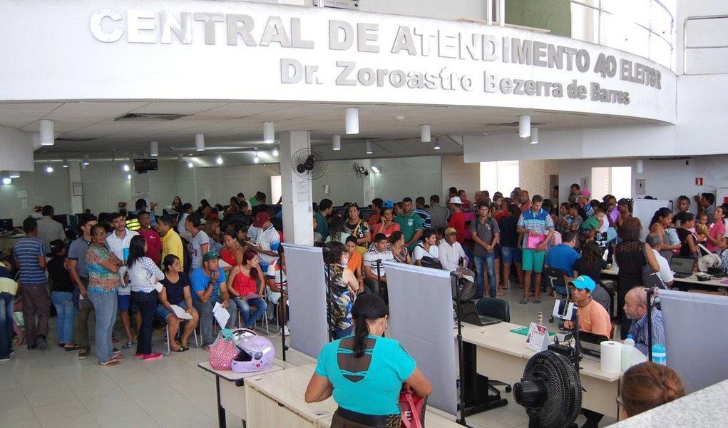 Levantamento do Tribunal Superior Eleitoral (TSE) aponta Alagoas como a unidade da Federação com maior número de título de eleitores duplicados no Brasil, com mais de dois mil documentos descobertos no Estado; São Paulo e Goiás aparecem logo em seguida na quantidade de fraudes