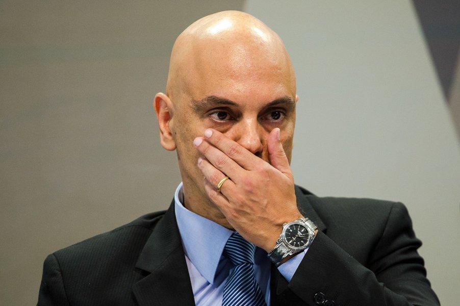 O Supremo Tribunal Federal marcou para 22 de março a posse do ministro Alexandre de Moraes, que teve o nome aprovado nesta quarta-feira 22 pelo Senado; a data foi acertada no início da noite, após Moraes ter ido ao STF para conversar informalmente com alguns integrantes da Corte