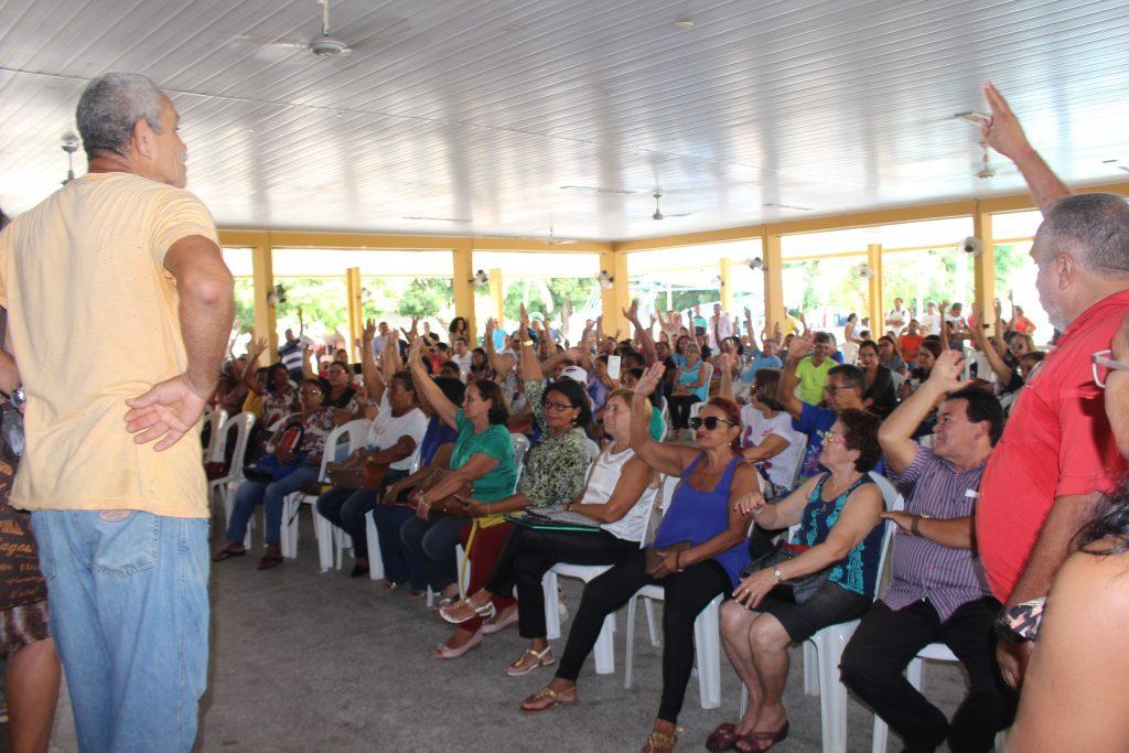 Os professores da rede estadual de ensino do Piauí encerraram a greve deflagrada no dia 13 de fevereiro; a aulas retornam normalmente a partir desta terça (21); a greve foi suspensa por conta antecipação do pagamento da segunda parcela do reajuste, de 3,64%, para o mês de maio por parte do governo estadual