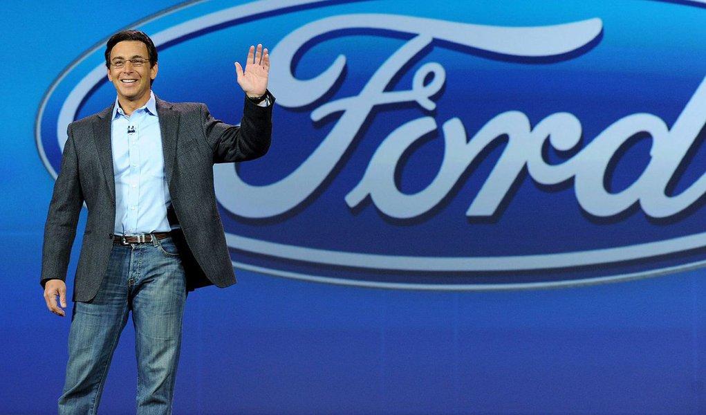 A Ford é a montadora americana que está mais engajada na produção de carros autônomos; a empresa deverá produzir seu próprio carro autônomo até 2021, ajudando em uma revolução que já está em curso; Mark Fields, seu CEO, é entusiasta pelo Vale do Silício e sua mentalidade; ele realiza três perguntas todas as vezes que precisa analisar um novo projeto – e que você também deveria fazer em seu setor ou empresa; confira