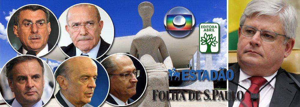 Um levantamento exclusivo feito pelo Instituto Paraná Pesquisas, para o 247, revela que o Brasil não tem uma mídia isenta nem um Poder Judiciário imparcial, na visão do povo; de acordo com o levantamento, 61% dos brasileiros já se deram conta de que esses dois poderes protegem nomes do PMDB e do PSDB, que formam a aliança golpista; entre os tucanos e peemedebistas delatados pelas empreiteiras, constam nomes como os ministros José Serra e Eliseu Padilha, o governador Geraldo Alckmin, os senadores Aécio Neves e Romero Jucá, além do próprio Michel Temer; ou seja: ao contrário do que prometeu o procurador-geral Rodrigo Janot, pau que bate em Chico, não bate em Francisco