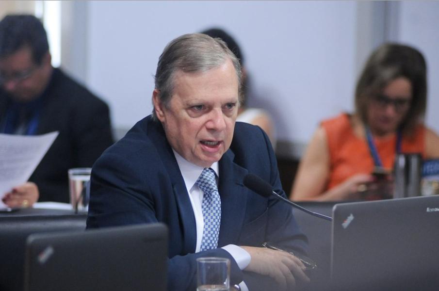 A Comissão de Assuntos Econômicos do Senado (CAE), comandada pelo senador Tasso Jereissati (PSDB-CE), aprovou na manhã desta terça-feira (12) um empréstimo no valor de US$ 123 milhões entre o Estado do Ceará e o Banco Interamericano de Desenvolvimento (BID). O montante será utilizado em programa voltado à ampliação do acesso à saúde no estado. A matéria segue agora em regime de urgência para votação no plenário