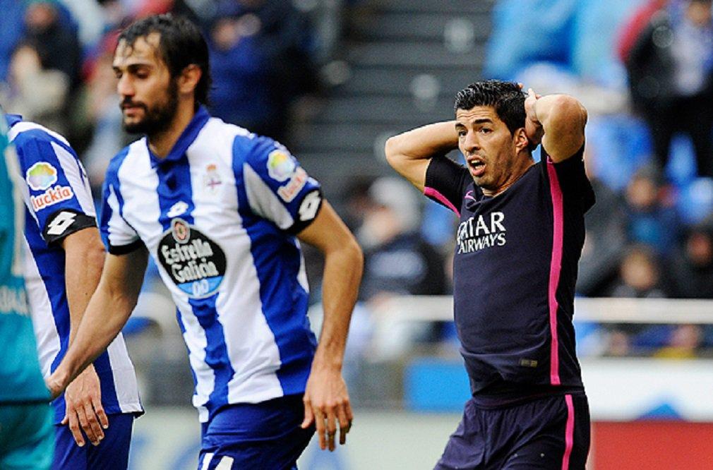 O Barcelona sofreu uma derrota por 2 a 1 no confronto com o Deportivo La Coruña, neste domingo; quatro dias depois de sua heroica vitória por 6 a 1 na Liga dos Campeões sobre o Paris St.Germain, o time catalão não conseguiu superar o La Coruña
