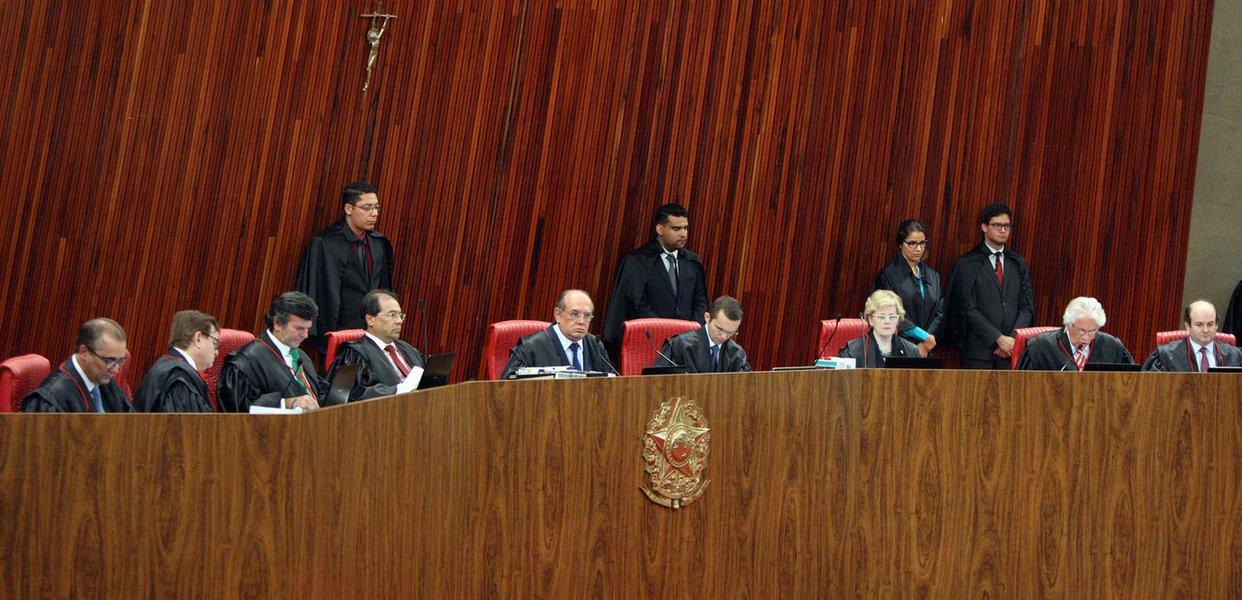 """O TSE parece ter sofrido uma """"cegueira intencional"""" – como bem definiu o Procurador Carlos Lima – no teatro que protagonizam seus ministros. O julgamento foi apenas uma mera formalidade"""