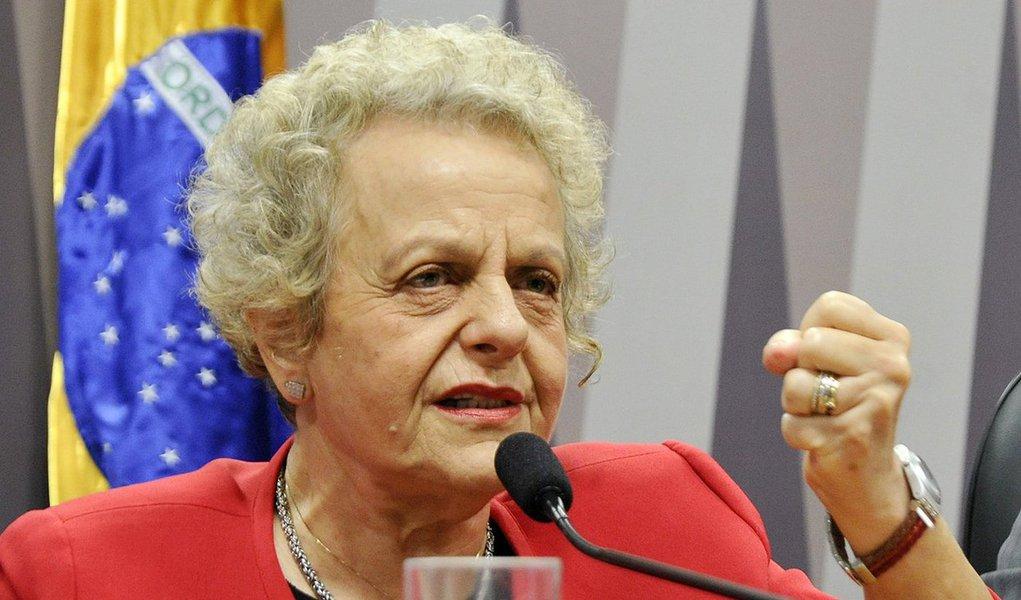 """""""A minha condenação não é só minha, é de todas as mulheres brasileiras e de todo o governo Lula e Dilma, que implementou as mais ousadas e avançadas políticas de combate à violência contra as mulheres"""", afirma a ex-ministra de Políticas para Mulheres no governo Dilma Rousseff, Eleonora Menicucci, em entrevista ao Seu Jornal, da TVT; """"É um absurdo que uma pessoa que fez apologia ao estupro fosse ao ministro da Educação sugerir políticas para a nossa juventude"""", contesta;Menicuccifoi condenada a pagar R$ 10 mil por indenização moral; recurso conta a decisão da Justiça serájulgado na próxima semana"""