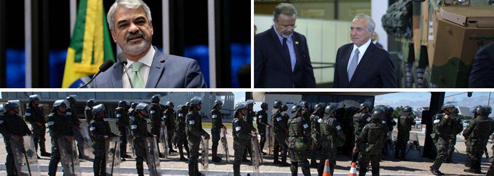 """Líder da Oposição no Senado, Humberto Costa (PT-PE), considerou desastrosa a ação de Garantia da Lei e da Ordem (GLO) decretada por Michel Temer em Brasília e revogada menos de 12 horas depois; """"Foi um erro colossal, que denunciamos desde a primeira hora, estabelecer um estado de exceção em Brasília por conta de uma manifestação contra o governo. Temer se mostrou um tresloucado e seu ministro da Defesa, Raul Jungmann (PPS-PE), um completo irresponsável"""", disparou; """"Temer, mal assessorado por Jungmann, foi protagonista de mais um episódio patético. Seu governo é uma espécie de elenco de Os Trapalhões. Jungmann nunca teve atributo nem para chefe de Guarda Municipal, imagine para ministro da Defesa"""", ironizou"""