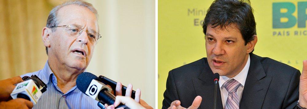 Tarso Genro (PT), ex-governador do Rio Grande do Sul, defendeu uma candidatura de Fernando Haddad, ex-prefeito de São Paulo, ao Palácio do Planalto em 2018; a declaração foi feitano dia seguinte à divulgação de uma carta do ex-ministro da Fazenda, Antonio Palocci, em que o ex-presidente Luiz Inácio Lula da Silva foi duramente criticado; para Tarso, Haddad é o político mais preparado caso Lula seja impedido de concorrer. Tarso é um dos principais defensores de um processo de refundação do PT
