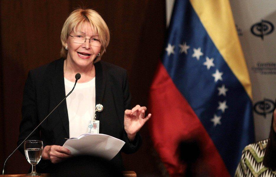 Os 545 membros da assembleia, com poderes especiais sobre outras instituições do Estado, aprovaram por unanimidade a remoção de Ortega de seu cargo, num movimento que críticos dizem ser uma afronta à democracia