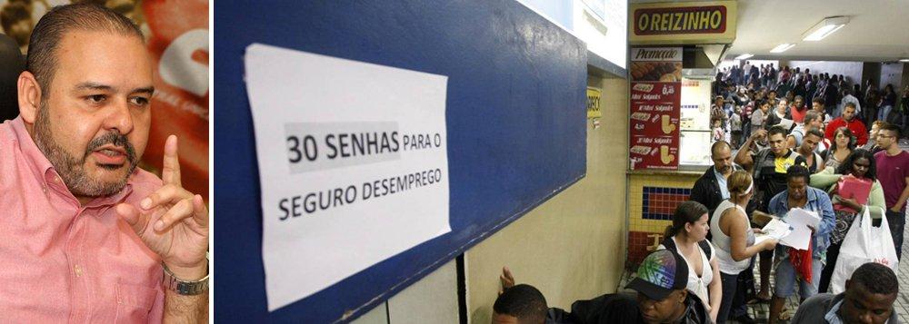 """Em entrevista à Deutsche Welle Brasil, o presidente da CUT, Vagner Freitas, diz reforma aprovada numa época de fragilidade econômica vai favorecer trabalhos temporários e tornar emprego mais precário;""""O Brasil vive uma crise econômica e social monstruosa, com quase 20% da população economicamente ativa desempregada. Como é que você vai fazer negociação, neste momento, favorável ao empregador?"""", questiona"""