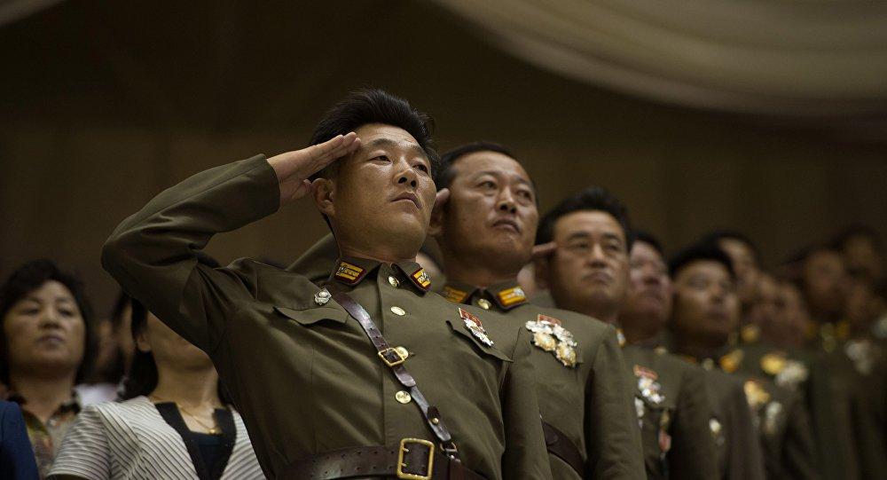 O líder norte-coreano, Kim Jong-un, ordenou às forças estratégicas do Exército Popular da Coreia que estejam preparadas para o combate, que pode começar em qualquer momento
