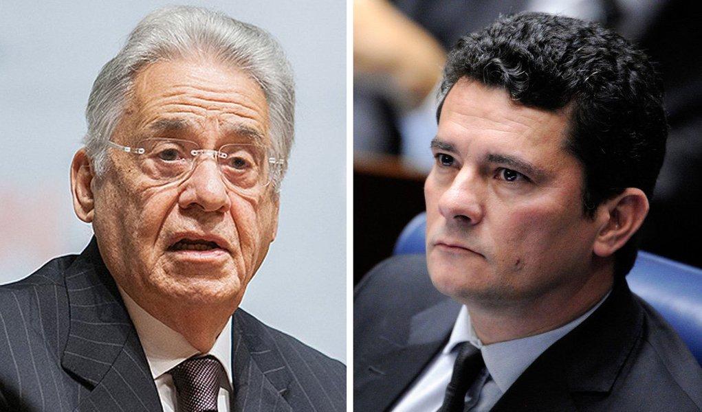 O que vemos aqui é a reprodução da narrativa farsesca produzida pela mídia oligopolizada e pela própria Lava Jato, que procura incutir a ideia de que o dinheiro de empreiteiras doado legalmente a Lula e ao PT são provenientes de origem ilícita, ao contrário do dinheiro doado a FHC e ao PSDB