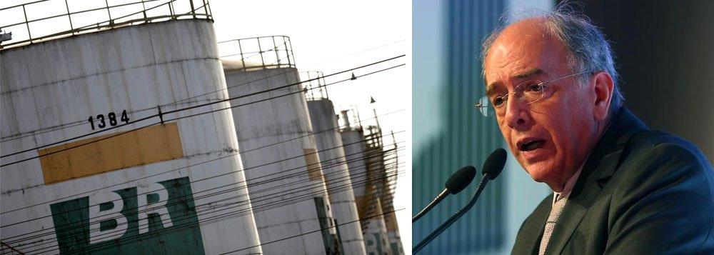 """O jornal britânico Financial Times publicou reportagem nesta sexta-feira, 6 sobre as negociações da Petrobras para privatizar a BR Distribuidora; """"Pedro Parente, diretor executivo da Petrobras, disse que não pode confirmar as expectativas do mercado para uma oferta pública inicial no último trimestre deste ano ou que o negócio valoraria a empresa entre R$ 30 bilhões (US$ 9,5 bilhões) para R$ 40 bilhões. 'Temos de estar sempre preparados para que, se o mercado sorrir para nós, podemos ir até lá e dar um beijo', disse o Sr. Parente em uma entrevista"""", destaca o FT"""