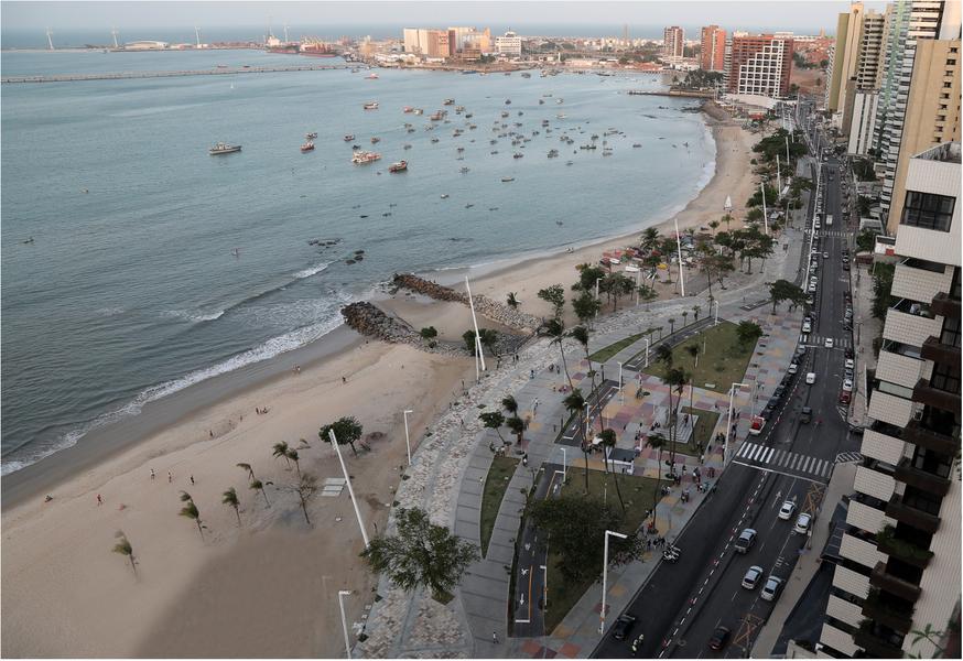 De acordo com pesquisa do site de aluguel de acomodações AirBNB, Fortaleza ocupa o 9º lugar no ranking mundial de melhores destinos para viagens em família. A capital cearense é a única cidade brasileira a figurar na lista, que é liderada por Osaka, no Japão