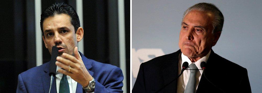 """O grupo dos """"cabeças pretas"""" do PSDB, formado pelos deputados mais jovens e liderado por Daniel Coelho (PSDB-PE), fechou posição e vai votar a favor da denúncia contra Michel Temer, que será implicado em corrupção, organização criminosa, obstrução judicial e lavagem de dinheiro; a denúncia deve ser enviada à Câmara no fim de junho"""