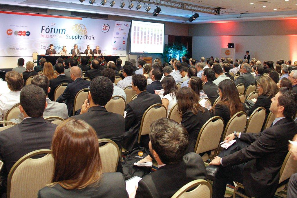"""Entre os dias 19 e 21 de setembro, em São Paulo, acontecerá a 23ª edição do Fórum Internacional de Supply Chain & Expo.Logística; o evento se destaca pelas palestras internacionais, divulgação de pesquisas inéditas e ambiente propício ao networking entre executivos e especialistas do setor; serão três verticais temáticas; uma delas é Startups: Empreendedorismo e Inovação em Logística e Supply Chain; descrição no site do evento diz que forma observadas """"soluções em ampla diversidade de escopo na Logística & Supply Chain, tais como aquelas baseadas em economia compartilhada, assim como outras voltadas para disponibilizar maior visibilidade das operações, ou para consolidação de cargas"""", segundo a"""