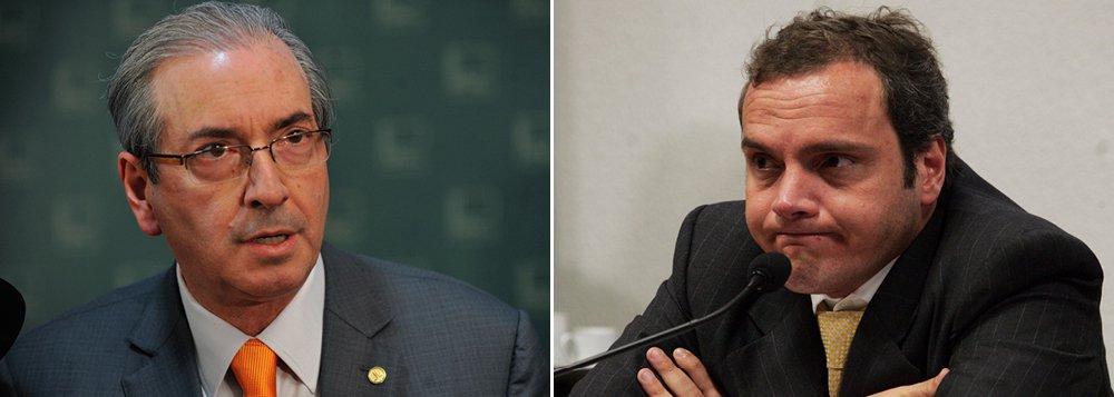 Peça central na deflagração do golpe parlamentar de 2016, o ex-deputado Eduardo Cunha, que cumpre pena de 15 anos de prisão por corrupção, acusou o ex-companheiro de crime Lúcio Funaro de roubar trechos de sua delação premiada; ex-deputado disse a aliados que trechos de sua proposta de colaboração –rejeitada pela PGR– foram enxertados no acordo do doleiro. Cunha garantiu a esses interlocutores que pode provar que Funaro narrou fatos aos quais não tinha acesso suficiente para conhecer em detalhes; informação da coluna Painel